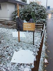 In Gossau werden derzeit immer wieder Plakate abgerissen und zerstört: So auch jenes von Stefan Harder. (Bild: pd)