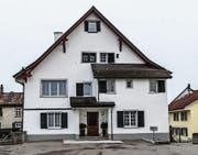 Das Aadorfer Pfarrhaus ist von der Denkmalpflege als «wertvoll» eingestuft. (Bild: Kurt Lichtensteiger)