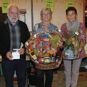 Sie jassten am erfolgreichsten (von links): Jakob Walt (3.), Erika Sutter (1.) und Cäcilia Bislin (2., alle Gams). (Bild: Franz Steiner)