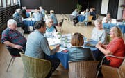 25 Personen aus der Gemeinde Bürglen diskutierten intensiv über Angebote für Senioren. (Bild: Monika Wick)