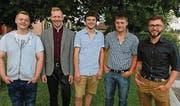 Die fünf besten Absolventen: Cédric Sturzenegger, Dominik Bünter, Joël Stieger, Andreas Aerne und Julien Claudio Kruijsen. (Bild: pd)