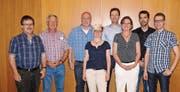 Die Kandidaten der FDP: (Von links) Linus Calzaferri, Ueli Hui, Orlando Simeon, Louise Blanc Gähwiler, Roman Habrik, Jacqueline Hirt, Michael Sutter und Simon Seelhofer. (Bild: pd)