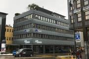 Die St.Galler Kantonalbank befindet sich künftig noch einige Meter näher am Obstmarkt in Herisau. (Bild: pk)
