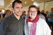 «Kuspo»-Präsident Andreas Eberle mit der abtretenden «Wecker»-Redaktorin Monika Wick. (Bild: Rudolf Steiner)