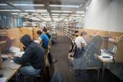 Die Schaffung eines neuen Lernzentrums soll den Studierenden künftig mehr Platz fürs Lernen und Arbeiten bieten. (Bild: Ralph Ribi)