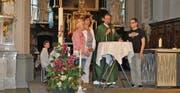 Monika Germani, Raffaella Fluri, Pfarrer Roland Eigenmann, Rafael Windler (von links) haben die Samstagspredigt in Rorschach mitgestaltet. (Bild: Ramona Riedener)