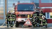 Mit verschiedenen Vorführungen bringt die Feuerwehr Sirnach den Besuchern ihre Arbeit näher. (Bild: PD)