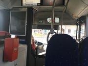 Immer wieder den Stop-Knopf gedrückt: Ein Fahrgast mit Kleinkind lieferte sich eine Auseinandersetzung mit dem Busfahrer. (Bild: Jolanda Riedener)