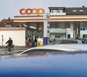 """""""Zustände wie in Nordkorea"""": In der Coop-Tankstelle Romanshorn lief offenbar nicht immer alles rund. (Bild: Reto Martin)"""