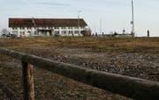 Güterschuppenareal mit altem Zollhaus: Das Gelände soll zu einer Hafenzone werden, wo Wohnbauten verboten sind. (Bild: Daniel Walt)