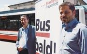 Stadtrat Urs Müller und Urs Ambühl, Leiter der Stadtbus-Verwaltung, wünschen «Bus bald». (Bild: Mathias Frei)