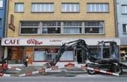 Bald soll nicht nur vor, sondern auch in der Liegenschaft an der Hauptstrasse 91 in Rorschach gebaut werden. (Bild: Jolanda Riedener)
