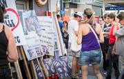 Bevor die Tiere beschlagnahmt wurden, demonstrierten Tierschützer am Bahnhof in Frauenfeld, jetzt künden sie erneut Protestaktionen an. (Bild: Andrea Stalder/Symbol)