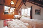 Eines der Zimmer von Helen Lochbihler – im altmodischen Stil. (Bild: Donato Caspari)