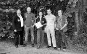 Die Kategoriensieger: (v.l.) Paul Hüttenmoser, Rorschacherberg (Gewehr 300 m); Bruno Kellenberger, Rorschacherberg (Pistole 25 m); Lucia Ulmann, Eggersriet (Frauen); Horst Keller, Rorschacherberg (BWS WP), und Benno Rist, Goldach (Pistole 50 m). (Bild: hau)