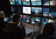 Trotz zwei Medaillen für die Schweizer Skifahrerinnen arbeiten die Fernsehproduzenten konzentriert und neutral. (Bild: PD)