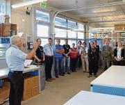 Anlässlich des Industrie- und Gewerbeapéros besuchten gut 80 Gewerbler aus der Gemeinde Eschlikon die Firma Salto Systems AG. (Bild: Christoph Heer)