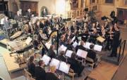 Die Stadtharmonie Eintracht überzeugt mit ihrem abwechslungsreichen Winterkonzert. (Bild: Barbara Camenzind)