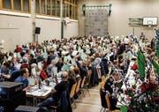 Grünes Ja-Meer für die Fusion bei Raiffeisen Dussnang-Fischingen.