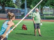 Trainer Werner Dietrich steht am Ursprung von so mancher Karriere in der Leichtathletik. (Bild: Michel Canonica)