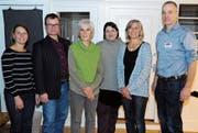 Sibylle Altenbach, Peter Duwe, Silvia Stahlberger, Gemeinderätin Natalia Bezzola Rausch, Sonja Schläpfer und Peter Künzle. Es fehlt Peter Breitenmoser. (Bild: Astrid Zysset)