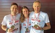 Erfolgreiches Mixed-Team in Rapperswil: Philipp Gubler, Chantal und Alexander Schawalder. (Bild: PD)