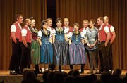 Einer von mehreren Höhepunkten: Jodellieder, Talerschwingen und Witze mit dem Saumchörli aus Herisau. (Bild: Andreas Taverner)
