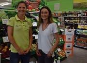 Alena Marthaler (links) gibt die Leitung des Dorfladens «Ga-La» per 1. Juni an ihre langjährige Mitarbeiterin Vitore Tushi-Domgjoni weiter. (Bilder: Anina Rütsche)