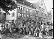 Kaum jemand wusste damals, was die Kinder in der Steig alles erdulden mussten. Heute brechen einige Betroffene das Schweigen. (Bild: Müller-Bachmann (Appenzell, um 1910))