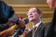 Hat viel Erklärungsbedarf: Regierungsrat Walter Schönholzer (FDP), Chef des Departements für Inneres und Volkswirtschaft. (Bild: Keystone)