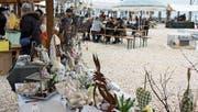 Der Ostermarkt fand auf der Hafenpromenade statt. (Bild: Markus Bösch)