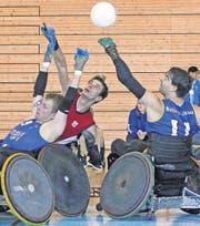 Ostschweizer Rolling Rhinos in der ersten Runde der Schweizer Meisterschaft 2013/14 im Rollstuhl-Rugby. (Bild: Swiss Quad Rugby)