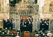 Unkonventionelles Konzert: Der Oratorienchor Kreuzlingen in der Kirche St. Ulrich. (Bild: Renata Egli-Gerber)