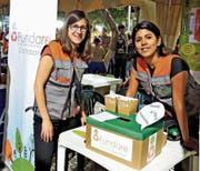 Desirée Germann unterstützt Isabel Mendoza bei der Arbeit für die Organisation Fundare im bolivianischen Cochabamba. (Bild: PD)