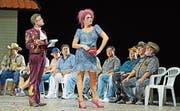 Willy, der Prokurist (Michael Laurenz), und Jenny, die Hure (Annette Dasch), in der Zürcher «Mahagonny»-Inszenierung. (Bild: Tanja Dorendorf)