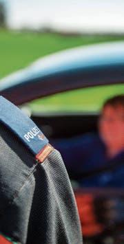 Bei einer allfälligen Reduktion der Polizeiposten soll die Kadenz der Strassenpatrouillen erhöht werden. (Bild: Reto Martin)