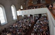480 Mitglieder des Ausserrhoder Lehrerverbandes tagten gestern in der reformierten Kiche in Herisau. (Bilder: Mea Mc Ghee)