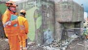 Derzeit laufen die Vorbereitungen für den Rückbau des Bunkers: Bald werden nur noch die Grundrisse zu sehen sein. (Bild: Viola Stäheli)