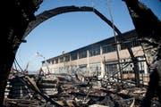 Nach dem Brand auf dem Saurer-Areal ist die Brandursach immer noch unklar. (Bild: Urs Bucher)