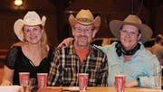 Countrymusik macht einfach happy. Das finden Silvia Rüegg, Jörg Meier, Madeleine Waser. (Bilder: Chris Marty/frauenfeld-events.ch)