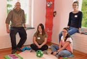 David Mächler, Selina Keller, Nicole Mächler und Janina Bürge (von links) sind Garanten für die Kinderbetreuung in der Kita Mühleli in Bazenheid. (Bild: Peter Jenni)