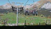 Die Ferientage lassen sich momentan wunderbar unterwegs in den Bergen verbringen. (Bild: Ursula Wegstein)