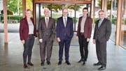 Der Stadtrat besteht in der Regel aus fünf Mitgliedern. Seit dem Rücktritt von Stefan Lenherr (rechts) ist in der Gossauer Regierung ein Sitz vakant. (Bild: PD)