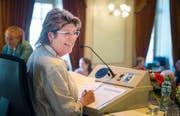 Heidi Grau-Lanz bei ihrer ersten Grossratssitzung als neu gewählte Präsidentin. (Bild: Andrea Stalder)