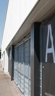 Verschlossene Türen der Wiler IGP Arena: Die erste Übungseinheit unter Trainer Fuat Capa war geheim. (Bild: Gianluca Lombardi)