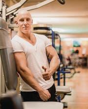 Ob bei der Arbeit oder im Training, im Fitnessstudio ist Ken Buser zu Hause. (Bilder: pd)