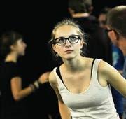Sie spielen Stimmungen: Jugendliche kommen an der Theaterwerkstatt im Vorstadttheater aus sich heraus. (Bild: Donato Caspari)