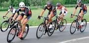 Die Elite-Amateure sind auf dem Rundkurs unterwegs. (Bild: Rudolf Steiner)