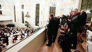 Zu Beginn des Konzertes hat der Kirchenchor Altnau auf der Empore gesungen. Später auf der Bühne. (Bild: Donato Caspari)