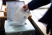 Die Wählerinnen und Wähler haben ihr Verdikt abgegeben - wir berichten über die spannendsten Resultate. (Bild: Keystone)
